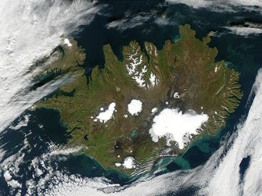440px-Satellite_image_of_Iceland_in_September